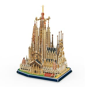 3D Model Puzzle Cubic Fun Spain Iglesia de la Sagrada Familia 194pcs